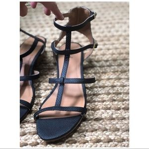 Qupid sandals with small heel